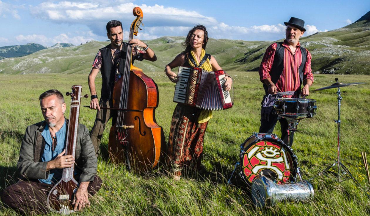 cropped-nuove-tribu-zulu_Foto-di-Cristina-Aruffo-e-Gianni-Coccia_Collettivo-Fotografico-di-Guidonia-1024x779.jpg